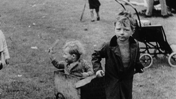 1930-slums_copyright-BBC