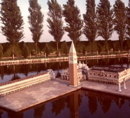 Luigi Ghirri Italia in miniatura (1978)