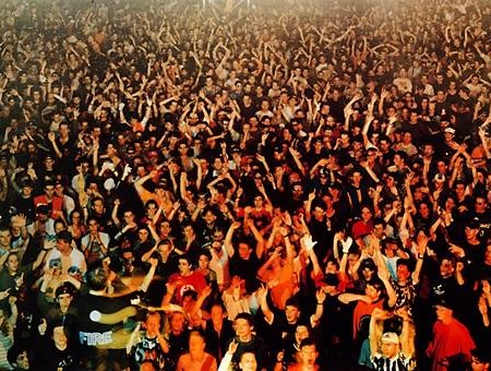 gursky_union_rave