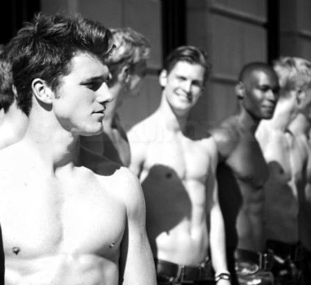 Abercrombie-and-Fitch-101-Models-in-Paris-1