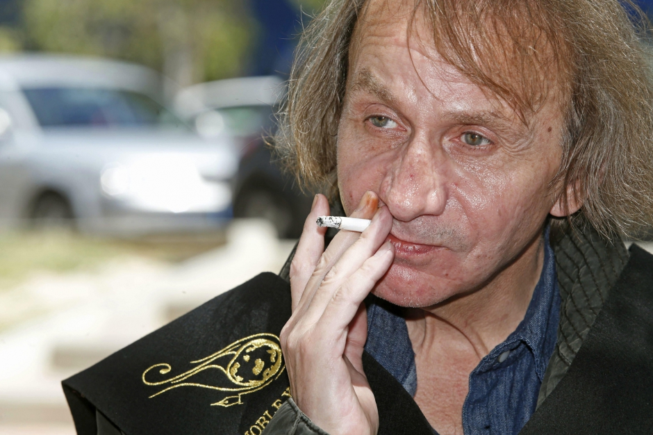 Michel-Houellebecq-star-de-cinema_article_landscape_pm_v8