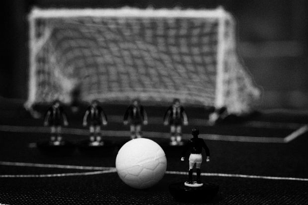 free-kick-with-wall-of-players-football-soccer-scene-reinacted-with-subbuteo-table-top-football-joe-fox