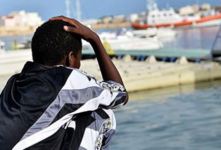 593x306xafrican_migrant.jpg.pagespeed.ic.BupZo2MxTV