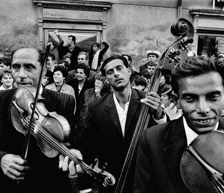 4.-josef-koudelka--moravia-1966