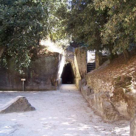 Antro_della_Sibilla_cumana.1