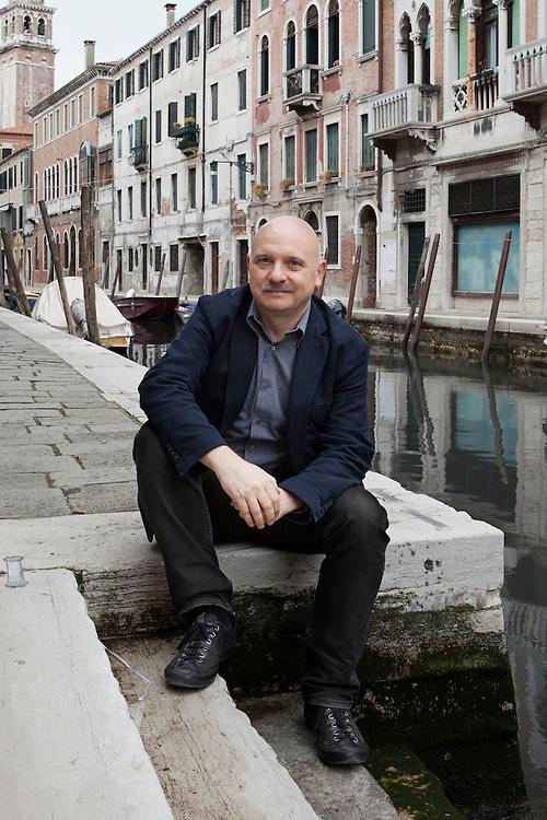 Venezia, Italia, 30 aprile 2015. Tiziano Scarpa, scrittore Italiano. Venice, Italy, April 2015. Tiziano Scarpa, Italian writer.