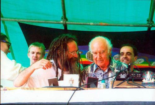 Goa Gil con Albert Hofmann, 2001