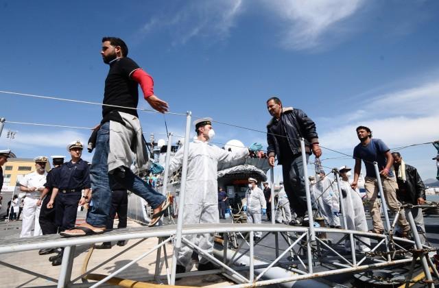 migranti augusta