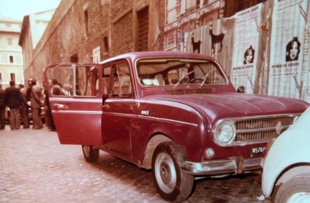 Aldo Moro Renault 4