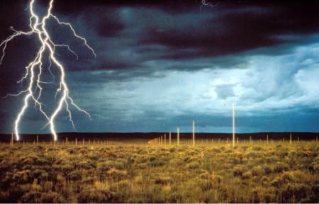 2_Walter De Maria, Lightning Field (1973-79)